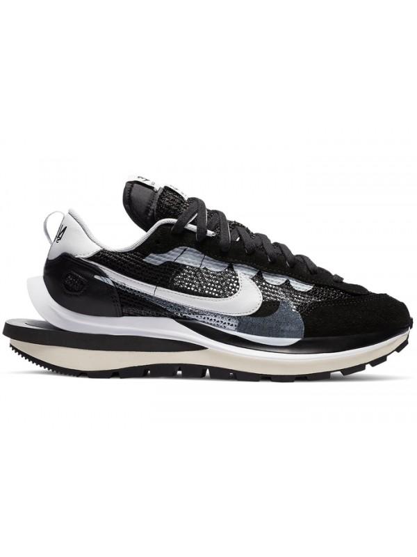 UA Nike Vaporwaffle sacai Black White